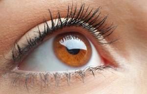 Chi prepara EDTA collirio sterile per calcificazioni della cornea? Il FARMACISTA! :)