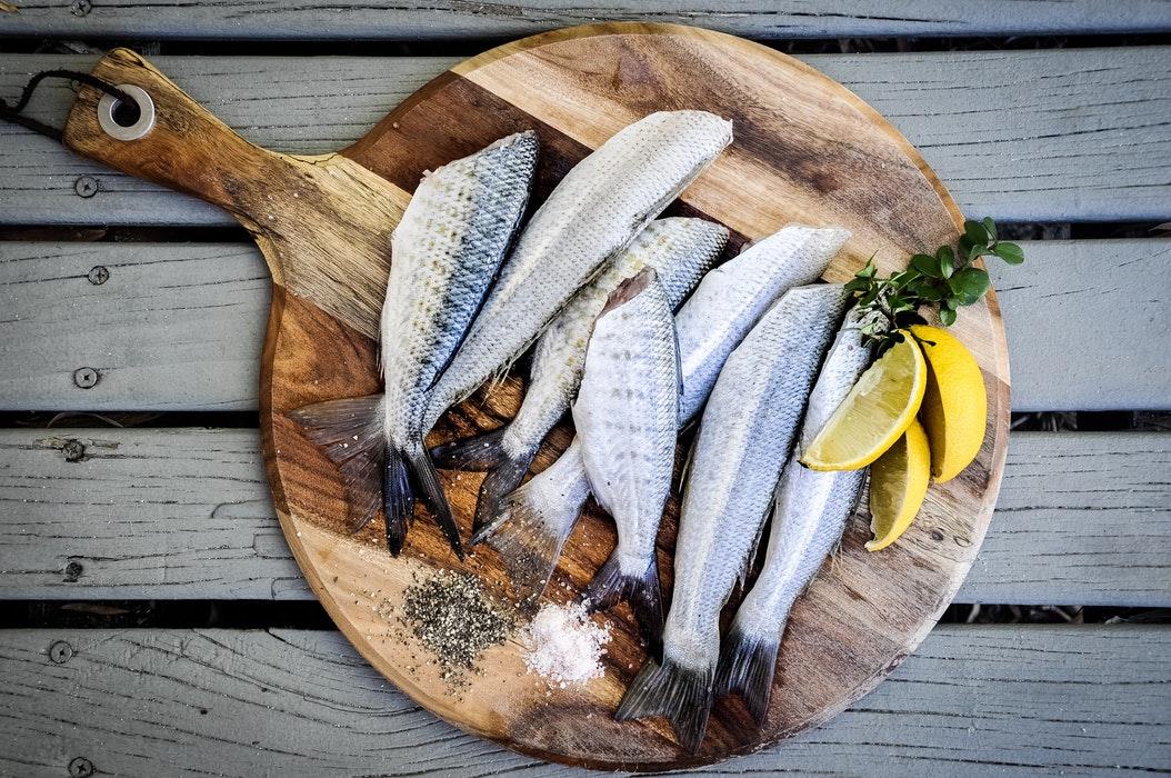 Alimentazione e pelle grassa: i consigli dell'esperta